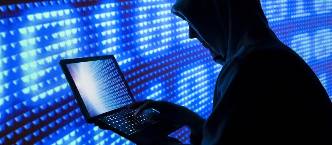 151228-online-fraud-hacking-415p_1f4a69829f4841f440828b3b86d4a07